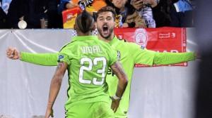 Llorente festeggia il primo gol della Juve contro il Malmoe