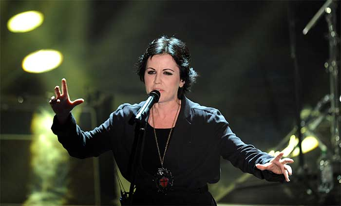 La cantante dei Cranberries arrestata per aggressione