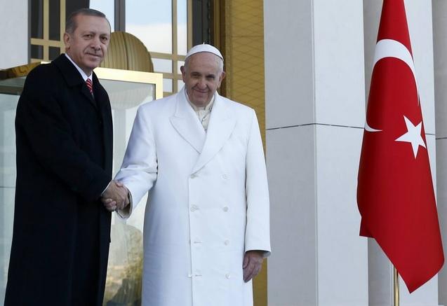 papa francesco papa bergoglio turchia erdogan bartolomeo i kobane religione vaticano islam ortodossi chiesa ortodossa chiesa cattolica cristiani cristiana istanbul ankara