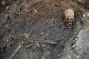 Lo scheletro del regnante inglese su cui è stato effettuato il test del DNA