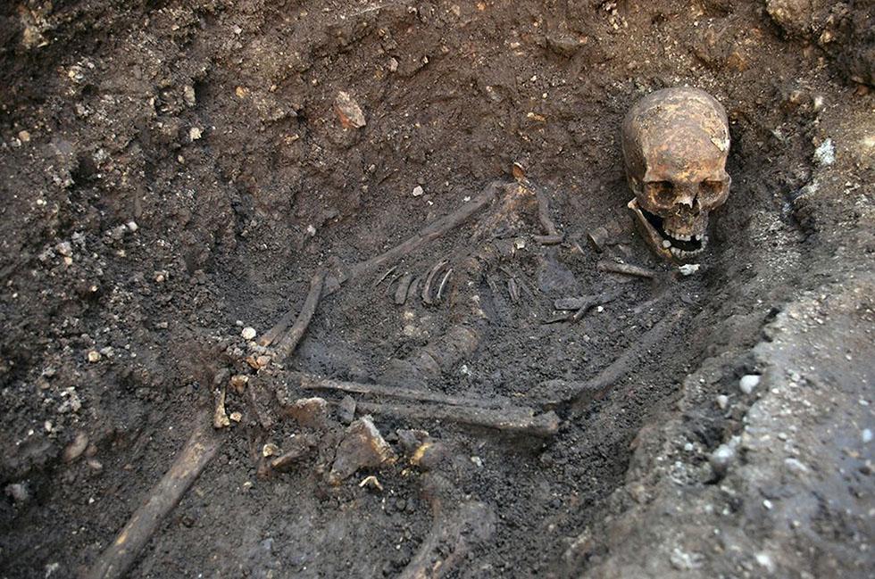 Il test del DNA effettuato su questo scheletro ha permesso di attribuirlo a Riccardo III