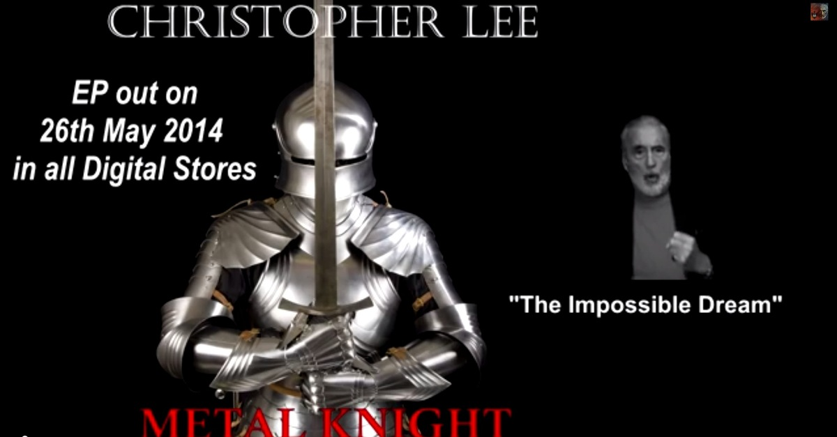 Il natale metal di christopher lee