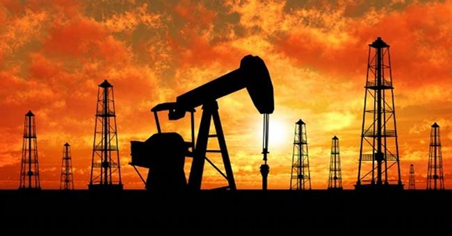 Il prezzo del petrolio continua la sua corsa al ribasso