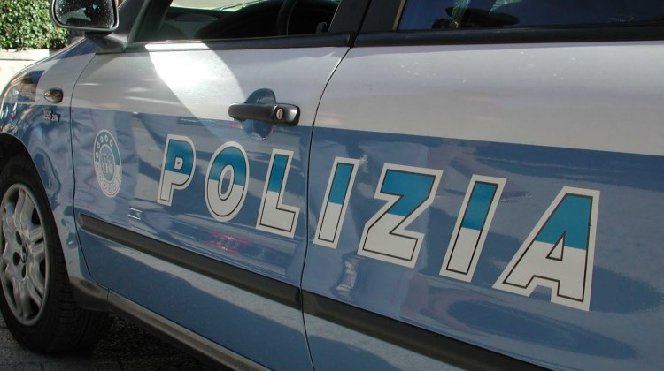 2015021065438-Foto-polizia_208_0