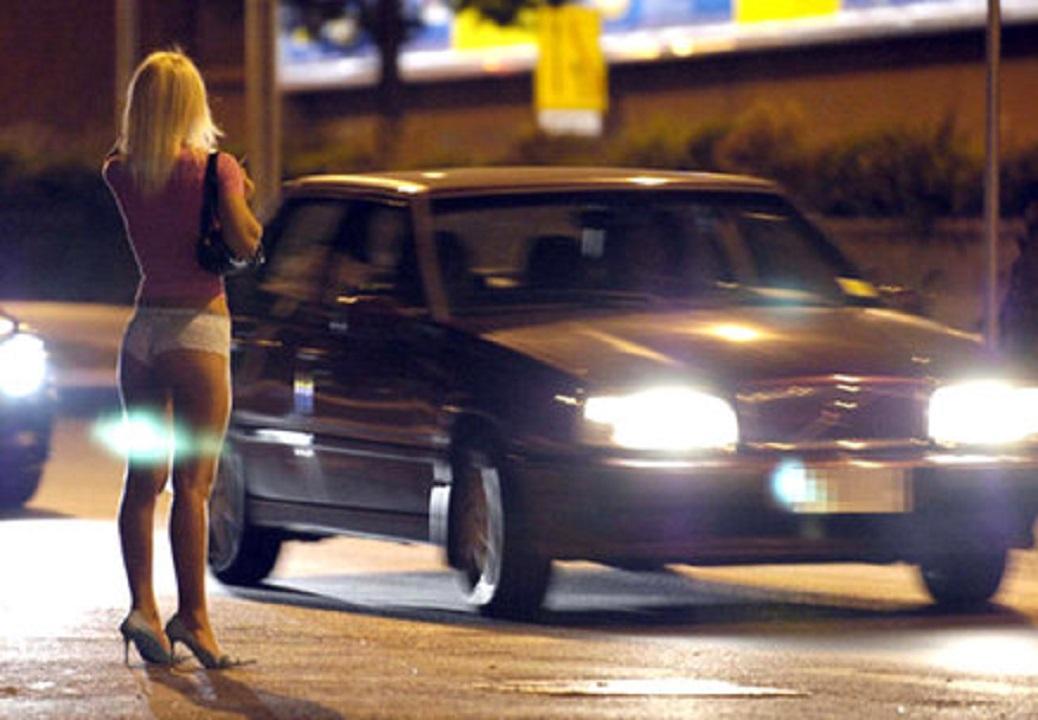 Recensioni escort lecco chat gay roma