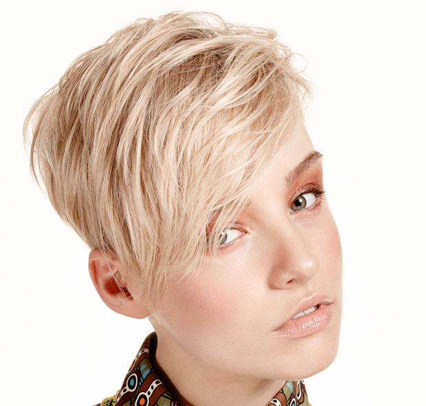 Tagli di capelli corti e colori 2015