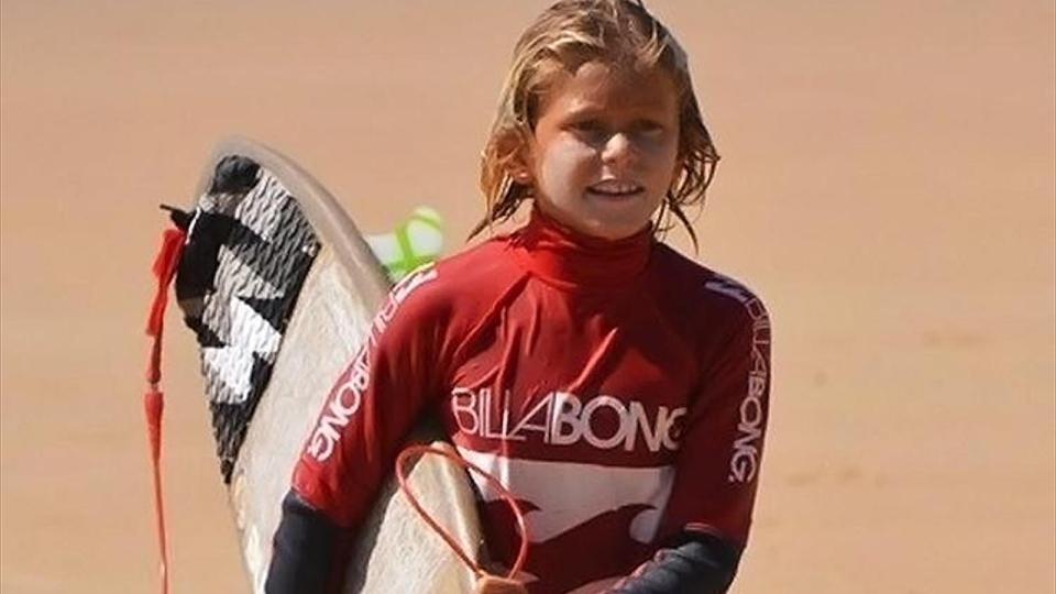 elio-canestri-surf-squalo