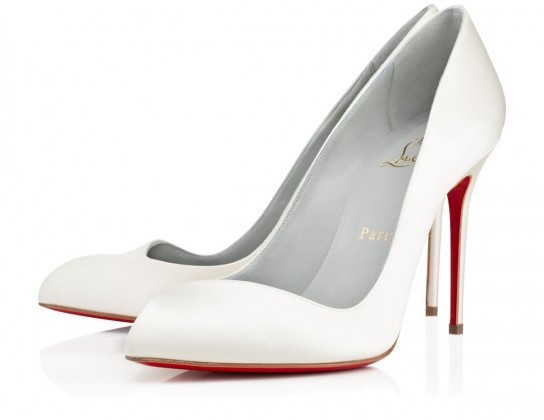 pumps-a-punta-christian-louboutin