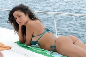 raffaella-fico-in-bikini-2