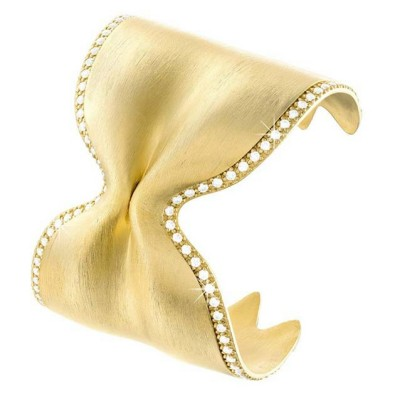 Uno dei gioielli della versione Luxury, base d'asta 500 €