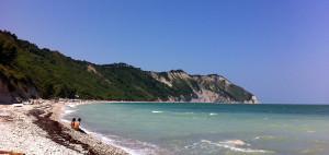 Spiaggia di Mezzavalle, Marche
