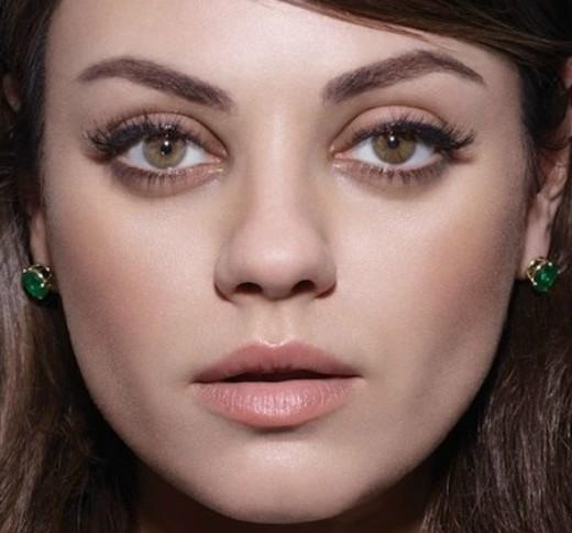 L'arco di cupido di Mila Kunis è molto definito