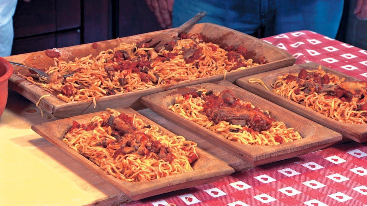 La buona cucina ciociara ricetta fini fini con il sugo di for Piatti di cucina